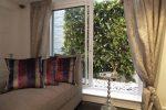 dekoratyvinė sienelė, dirbtinė žolė, dirbtiniai augalai, interjeras